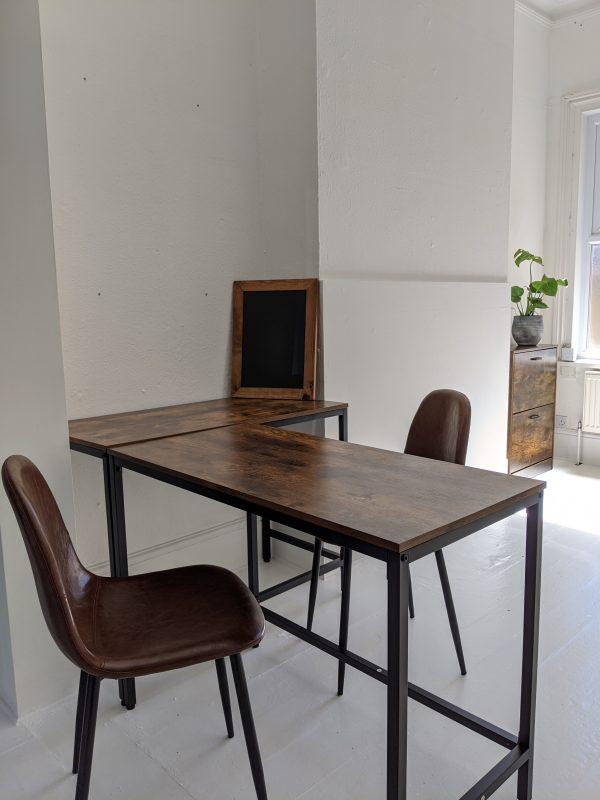 Tutor Co-Working Desk 2